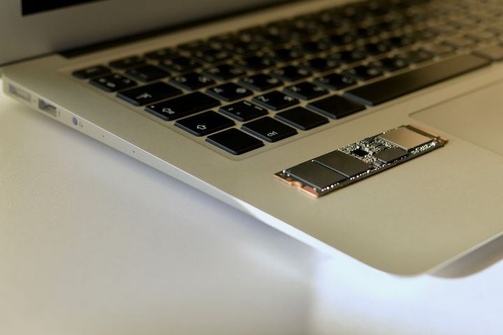 SSD-Festplatten sorgen für noch mehr Speed.
