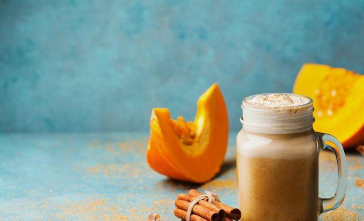 Kürbis-Zimt-Kaffee-Smoothie.