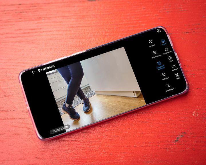 Huawei Golden Snap Spiegelung entfernen.
