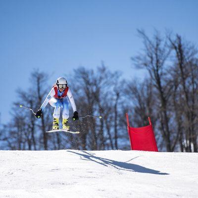 Crans Montana Ski-Läuferin