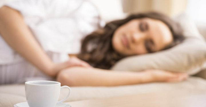 Kräuter können Stress mindern - und helfen so beim Einschlafen