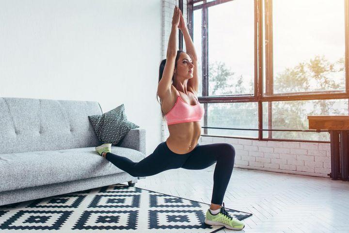 Mit diesen Übungen bleibt man über den Winter fit.