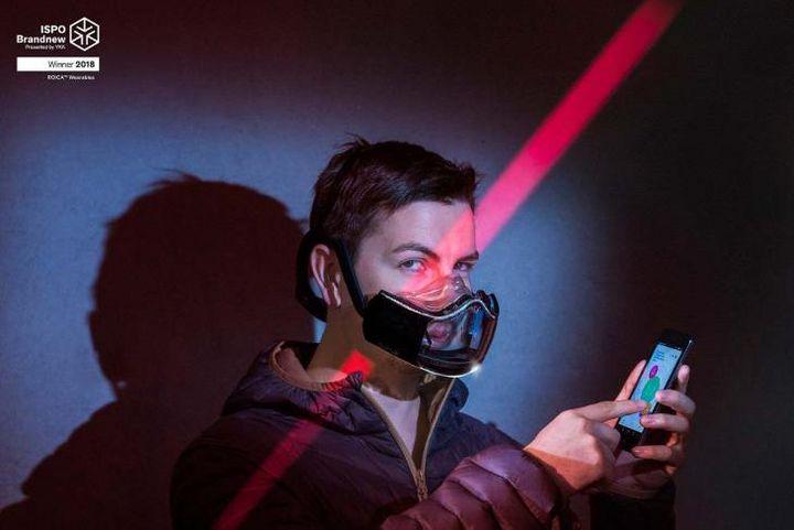 """Die """"Athelete's Mask"""" von Microsfere wurde im Rahmen von ISPO Brandnew ausgezeichnet."""