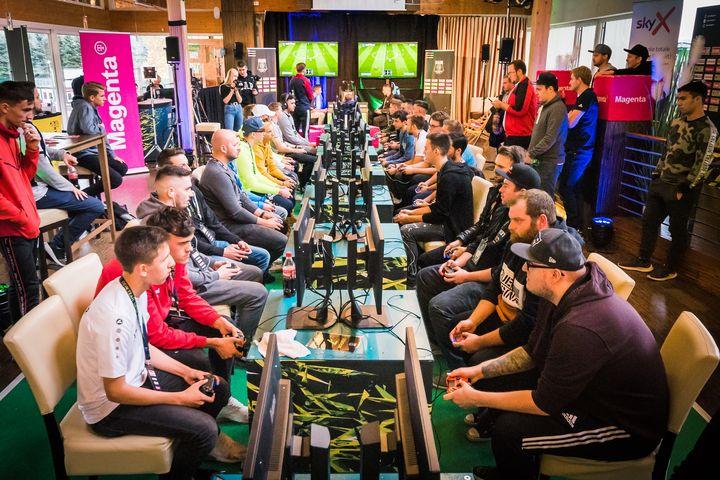 Die ersten Klub-Events der eBundesliga 2019/20