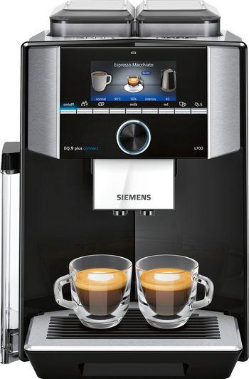 """Die neue, vernetzte Kaffeemaschine """"EQ.9 plus connect"""" von Siemens."""
