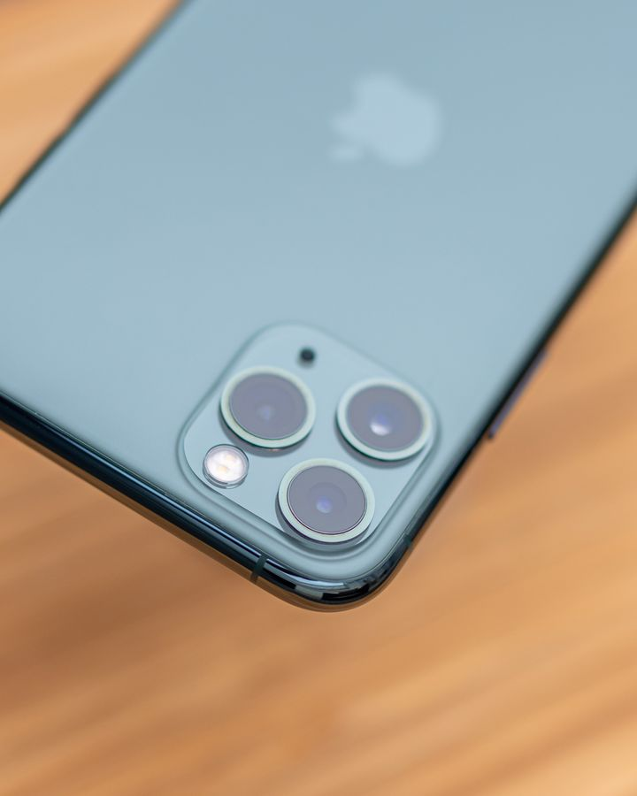 """Das herausragende Feature des """"iPhone 11 Pro"""" und größtes Unterscheidungsmerkmal zum """"iPhone 11"""" ist ohne Zweifel das neue Kamera-System mit drei 12-Megapixel-Linsen."""