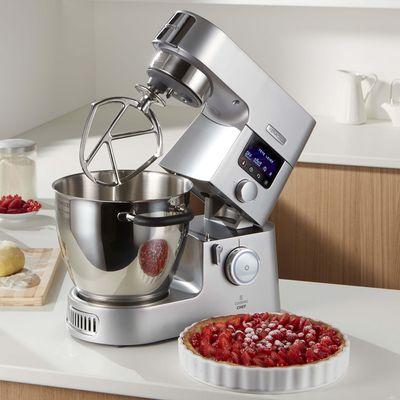 """Der """"Kenwood Cooking Chef Gourmet KCC9060 S"""" ist mit Induktionskochfeld ausgestattet."""