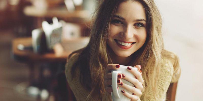 Selbstgemachten Chai genießen.