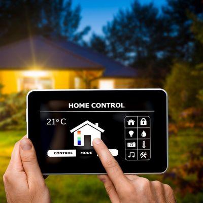 Die Steuerung im Smart Home erfolgt per App.