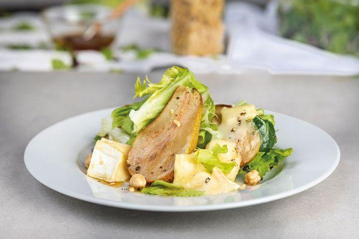 "Überbackener Ziegenkäse-Salat mit der De'Longhi ""MultiFry Extra FH 1363/1""."
