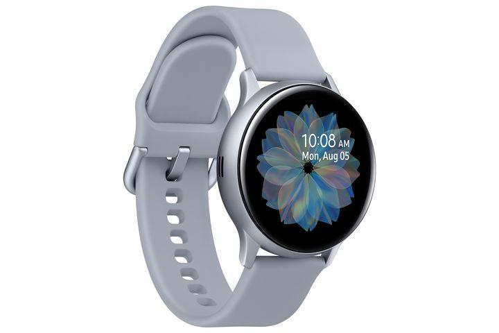 Die neue Smartwatch hat viele verschiedene Watch Faces.