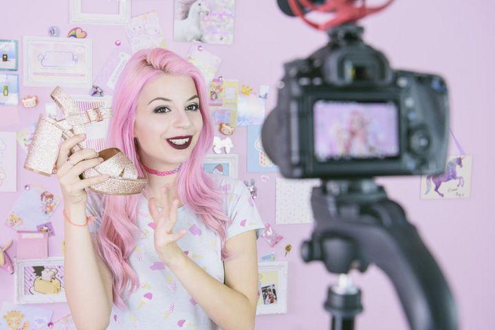 """Beauty-Vloggerinnen sind auf """"YouTube"""" besonders beliebt."""