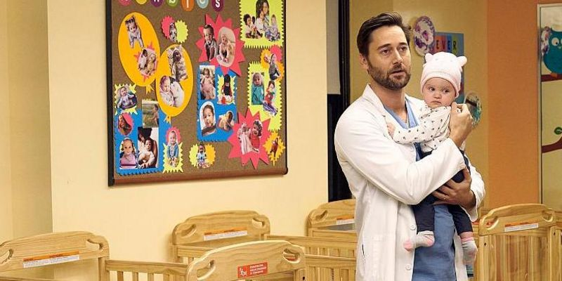 "Ryan Eggold in ""New Amsterdam"" - Staffel 2"