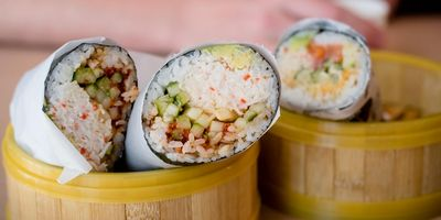 Sushi Burrito vereint Zutaten aus Japan und Mexiko.