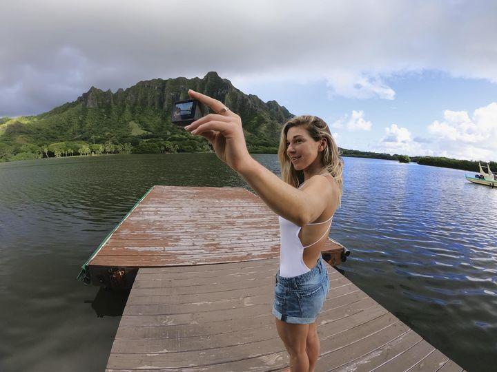 Fotos und Videos lassen sich blitzschnell die GoPro-Smartphone-App für iOS oder Android laden.