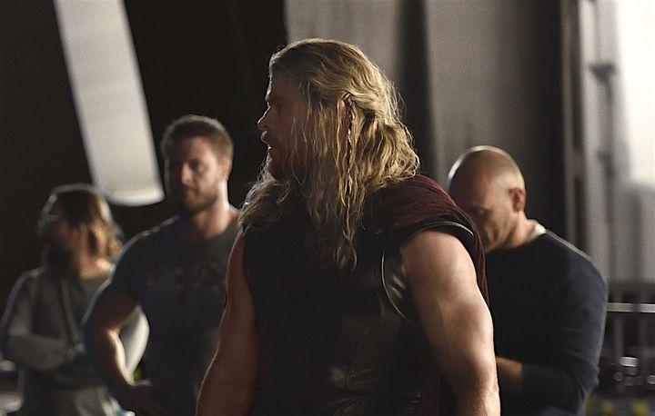 Thor (Chris Hemsworth) ist in einer anderen Welt gefangen