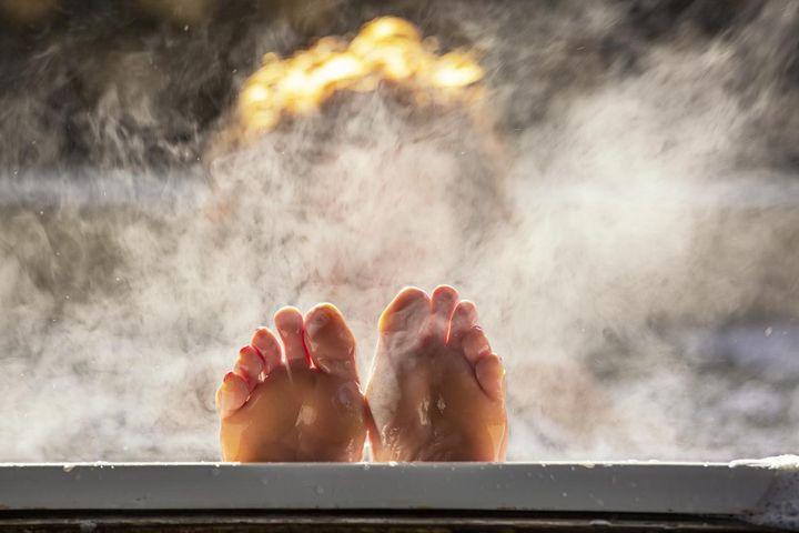 Wärme macht müde und hilft so, schneller einzuschlafen.