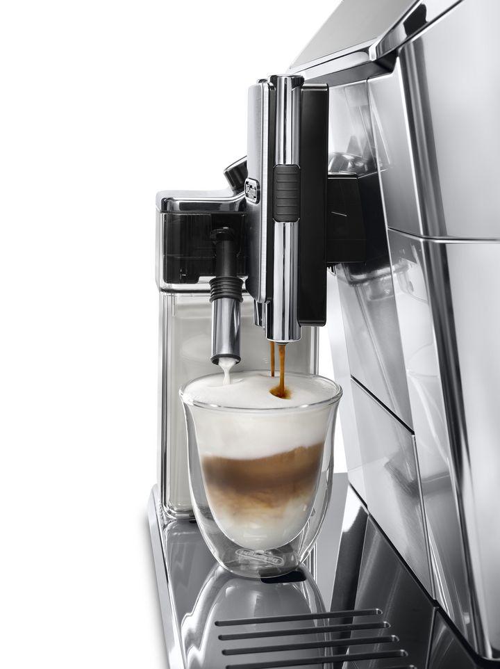 Köstlicher Kaffee wird gebrüht