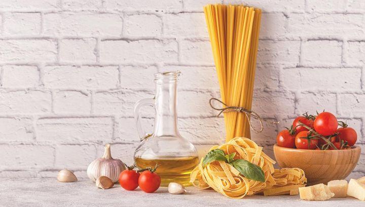 Pasta kann in der Mikrowelle gekocht werden.