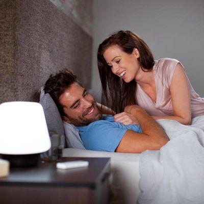 Routinen zum Aufwachen und Einschlafen mit Philips Hue.