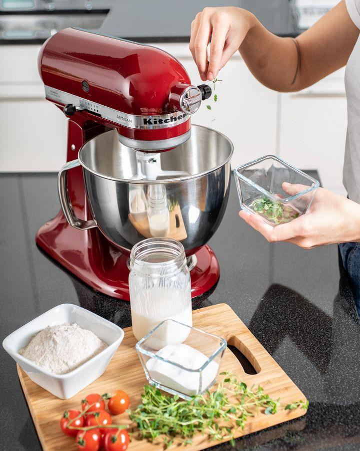 Seit annähernd 100 Jahren stellt die amerikanische Marke nun schon elektrische Küchenhelfer höchster Qualität her.