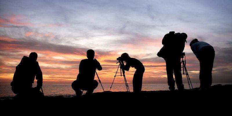 Photowalks verbinden einen Spaziergang mit dem Fotografieren.