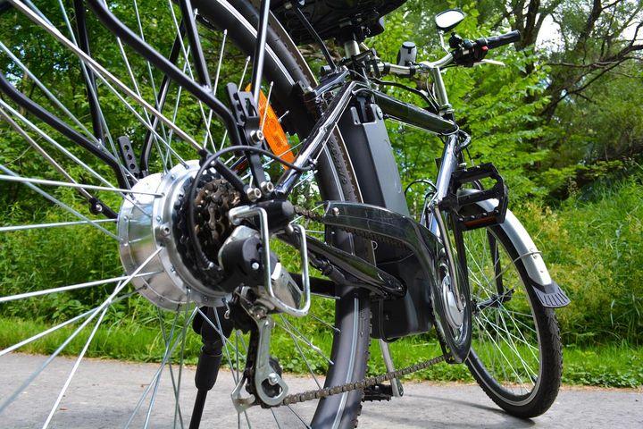 Fünf Tipps für die richtige E-Bike-Pflege.
