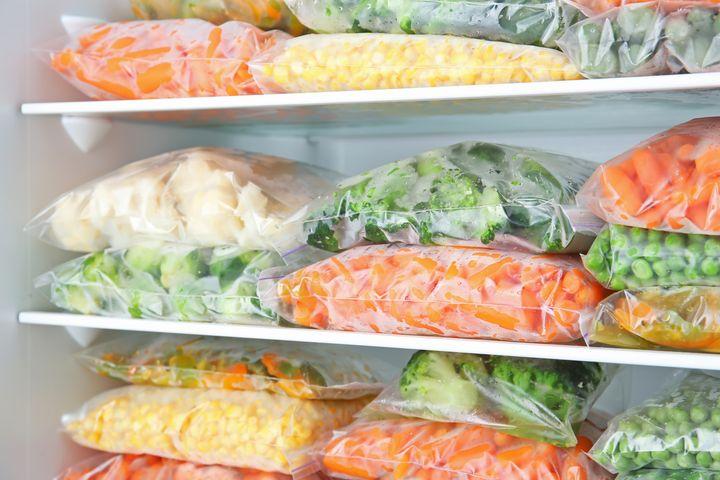 """Mit """"Superfrost"""" können Sie Lebensmittel besonders schnell auf Gefriertemperatur bringen."""