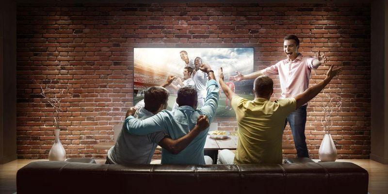 Mit diesen TVs steht dem gemeinsamen WM-Spaß nichts im Weg.