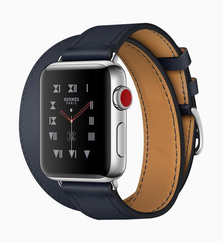 Die neue Apple Watch 3 komplettiert das neue iPhone 8 perfekt.