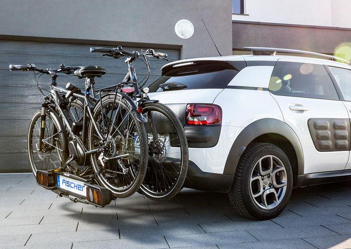 E-Bikes sollten nur auf speziellen Radträgern transportiert werden.