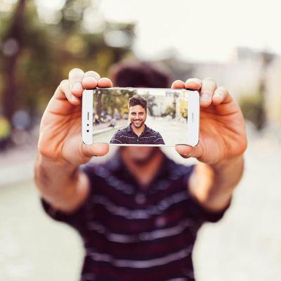 Neue Studie zur Smartphone-Nutzung: Männer machen mehr Selfies.
