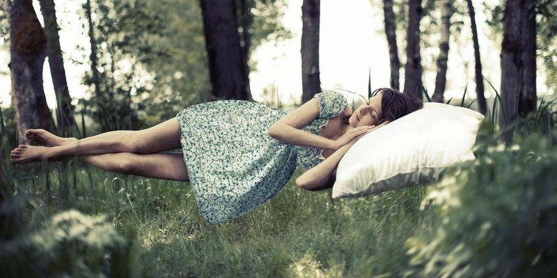 Schlaftracking hilft, die eigenen, individuellen Schlafphasen besser kennenzulernen.