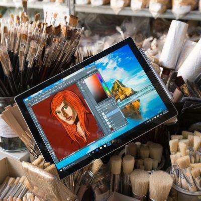 """b Die """"Surface""""-Produkte wurden für Microsoft zum Erfolgsgaranten."""