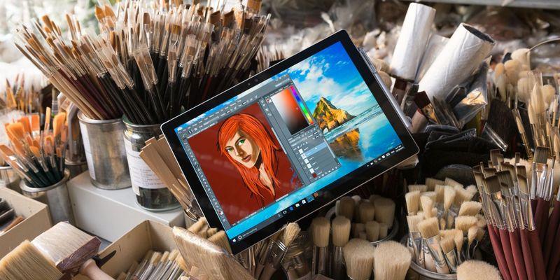 """e Die """"Surface""""-Produkte wurden für Microsoft zum Erfolgsgaranten."""