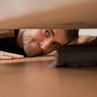 Intensivierte Hausarbeit: Putzaufgaben, die man gerne aufschiebt, ohne Wenn und Aber erledigen.