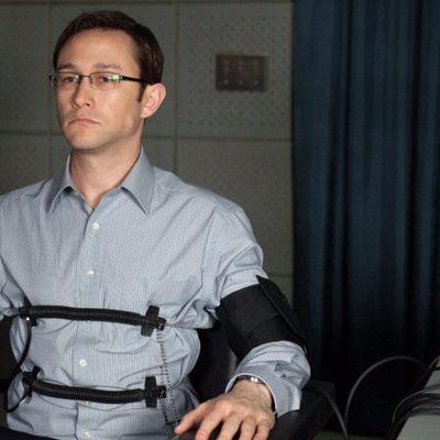 Joseph Gordon-Levitt spielt Edward Snowden.