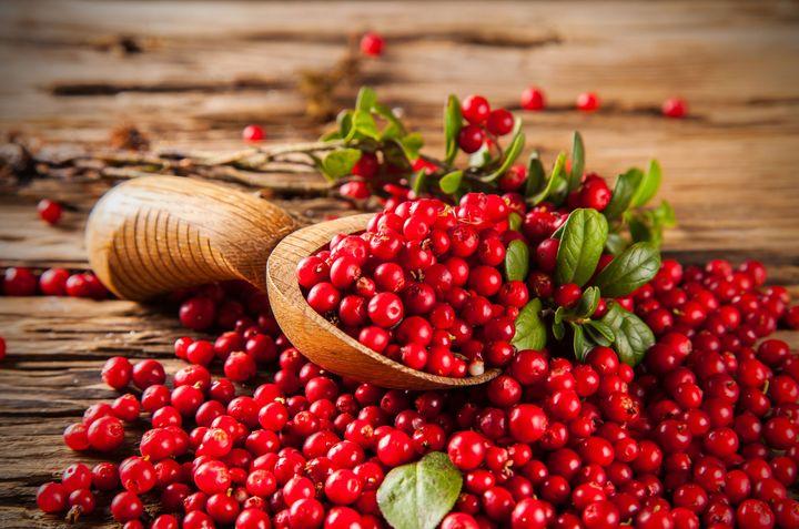 Cranberries auf Holz