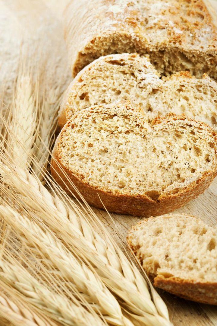 Rezept für ein Weizen-Roggen-Brot.