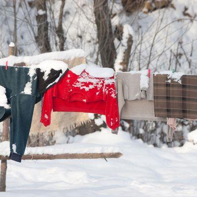 Sie müssen die Wäsche nicht bei Eis und Schnee aufhängen