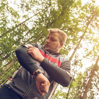 Mit Fitness-Apps macht Sport noch mehr Spaß.