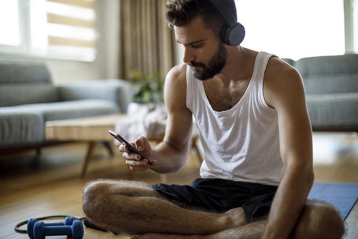 Kopfhörer sorgen für Unterhaltung beim Sport.
