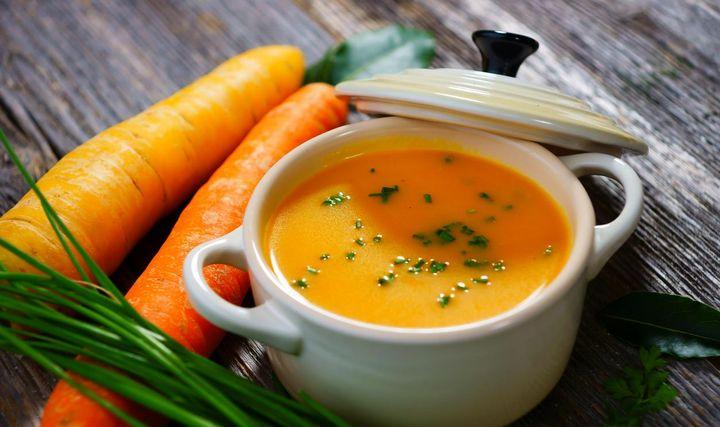 Karotten-Ingwer-Thymian-Suppe.