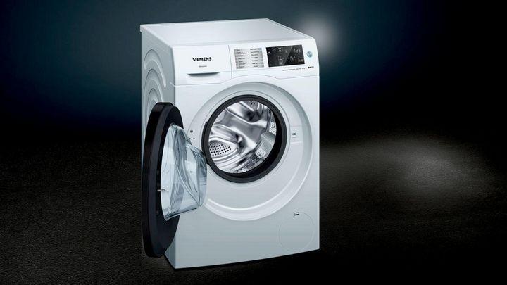 """Auf der IFA 2018 vorgestellt: Der smarte Waschtrockner """"iQ500"""" von Siemens."""