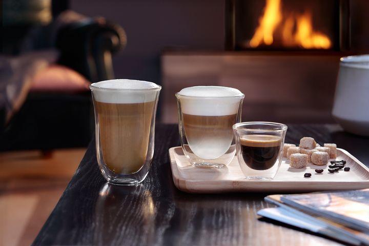 Kaffeevariationen mit Pflanzendrinks werden immer beliebter.