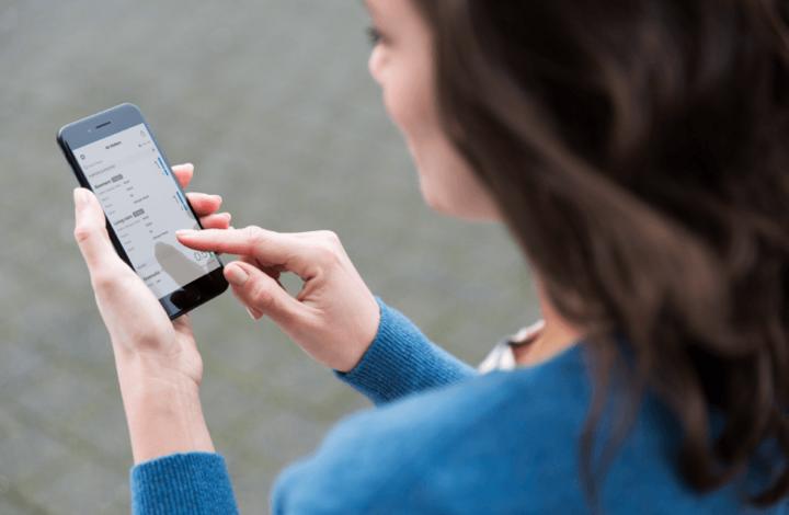 """Mit der Wahl """"Air Matters"""" kann wahlweise die automatische Steuerung des Luftreinigers kontrolliert und beobachtet oder die Steuerung manuell übers Handy übernommen werden."""