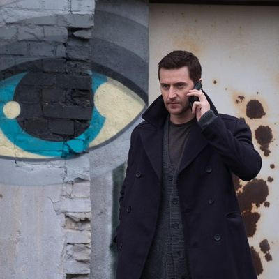 "In ""Berlin Station"" geht Richard Armitage auf Whistleblower-Jagd."