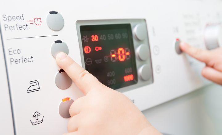 Das Smart Home setzt sich in puncto Waschen in Österreich langsam durch.
