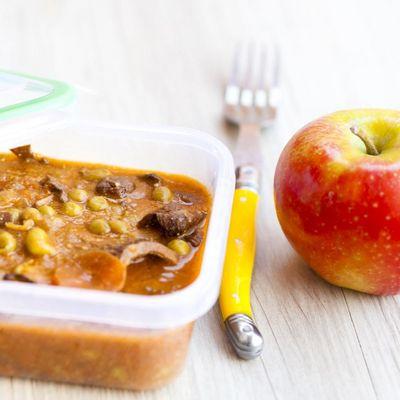 Aufläufe, Suppen und Eintöpfe eignen sich ideal zum Mitnehmen ins Büro.