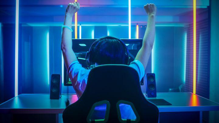 """Gamer können auf die """"Game Bar"""" zurückgreifen."""